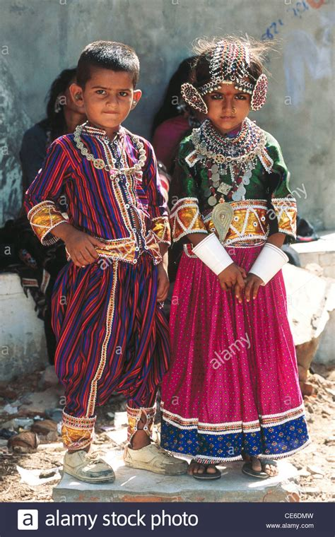 child marriage of young small Indian boy and girl in